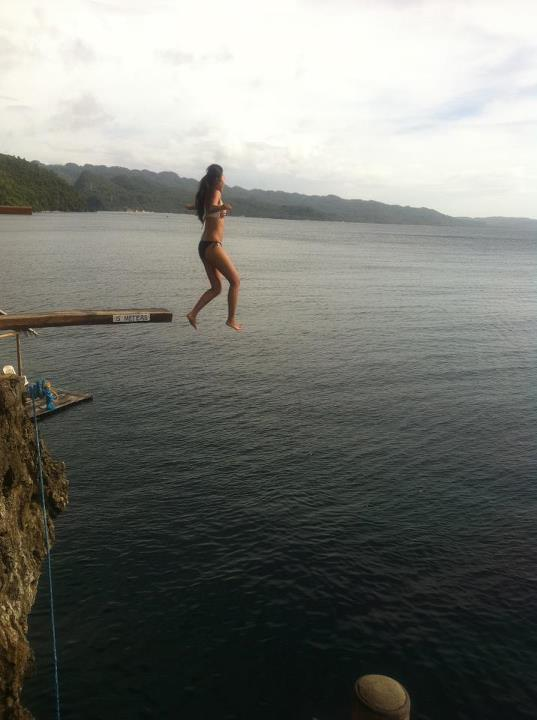 Cliff_diving_boracay