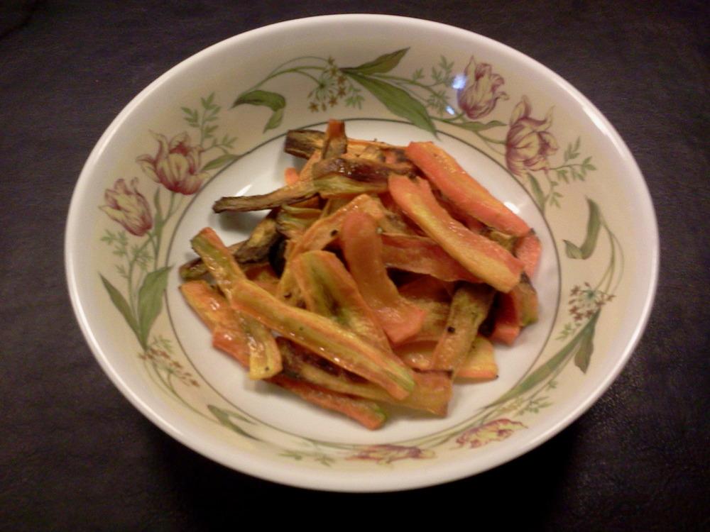 Oven-baked_carrot_chips7