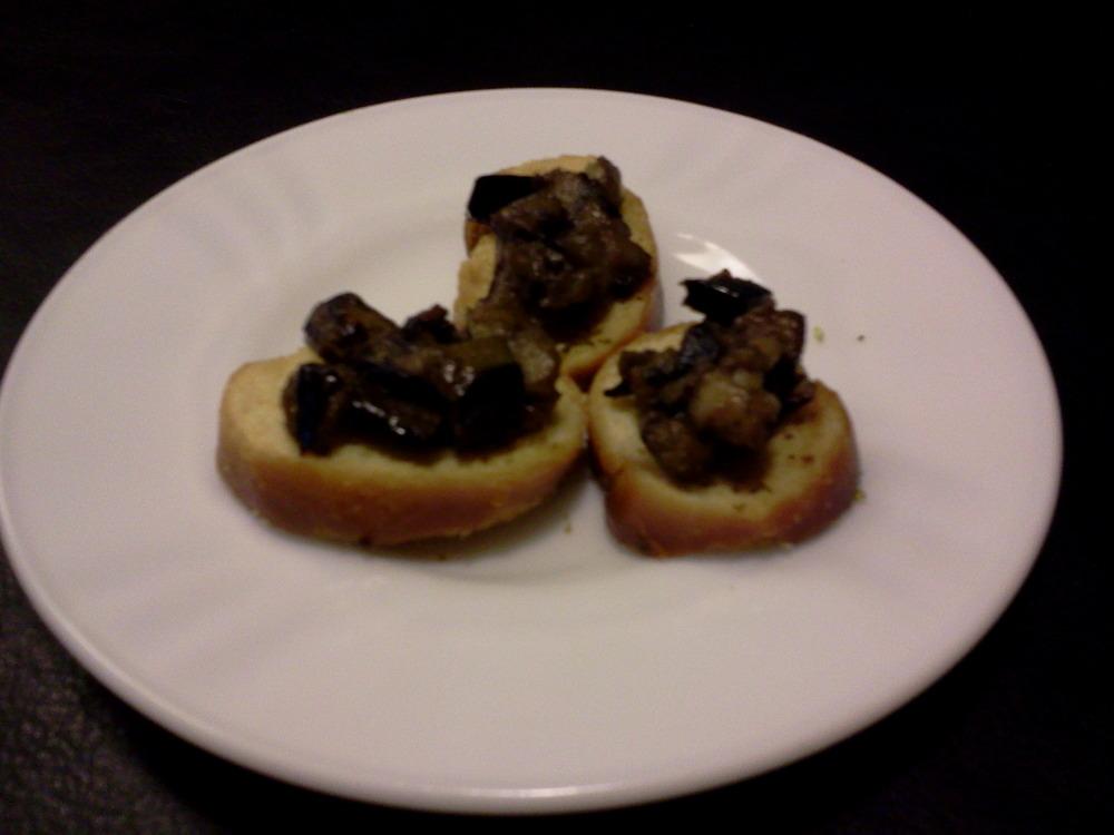 Sicilian_eggplant_on_oregano_toast9