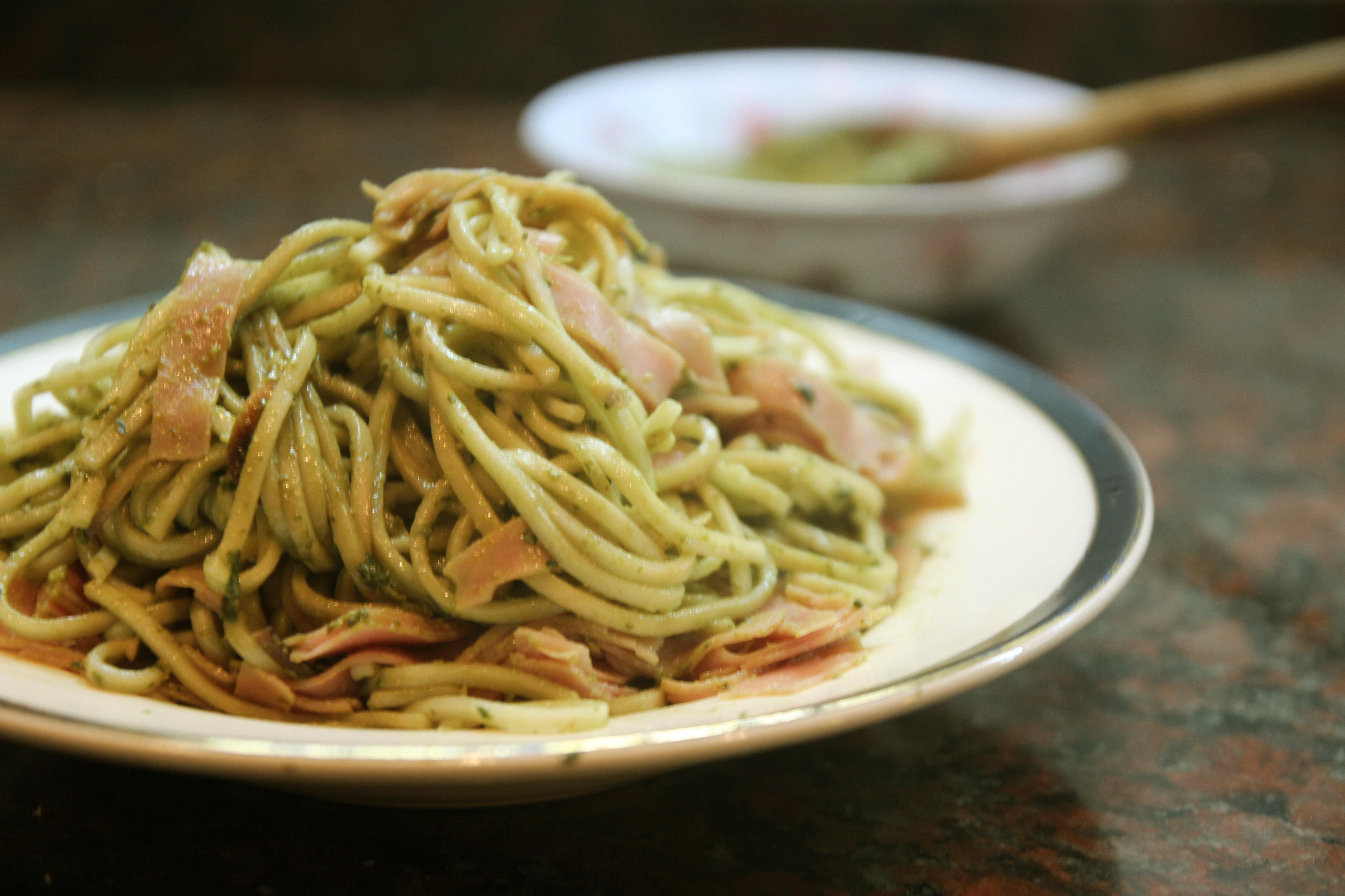 Basil Walnut Pesto & Ham Spaghetti