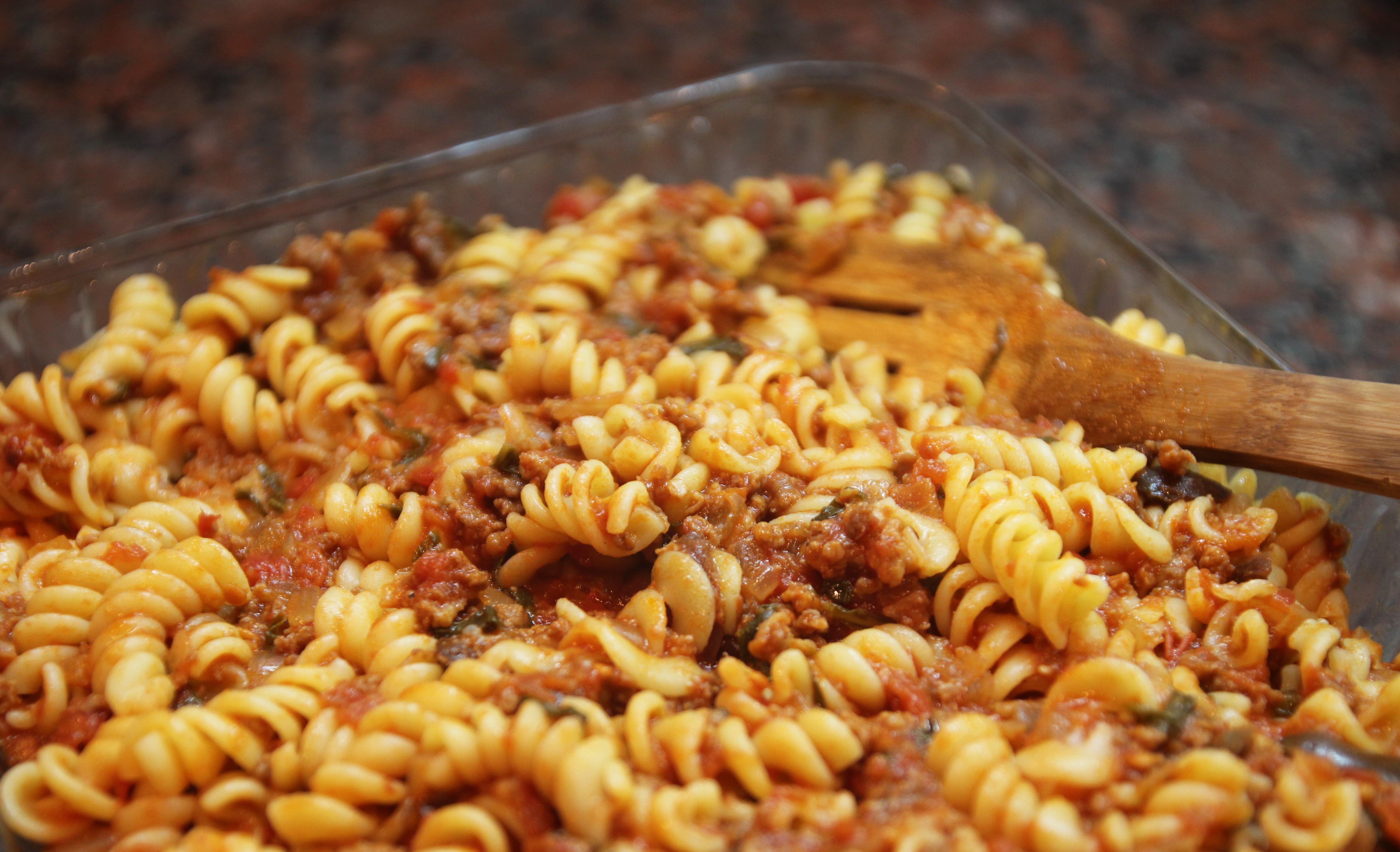 Spiral Pasta with Mediterranean Meat Sauce