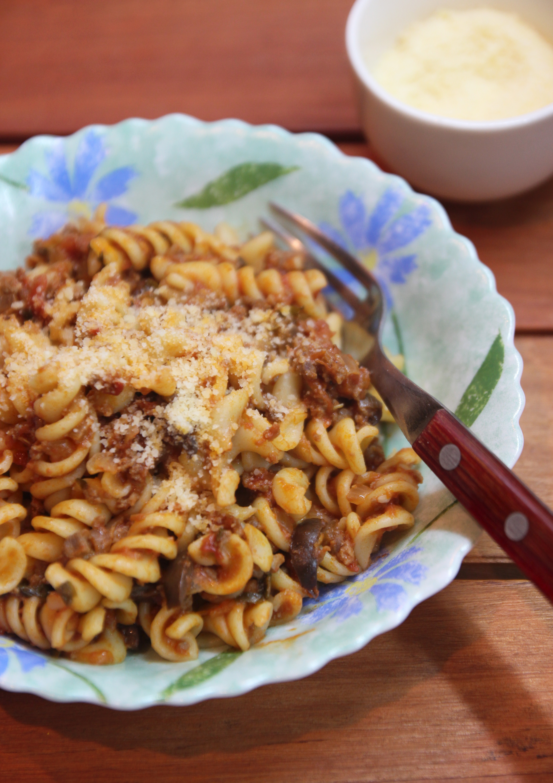 Spiral Pasta with Mediterranean Meat Sauce8