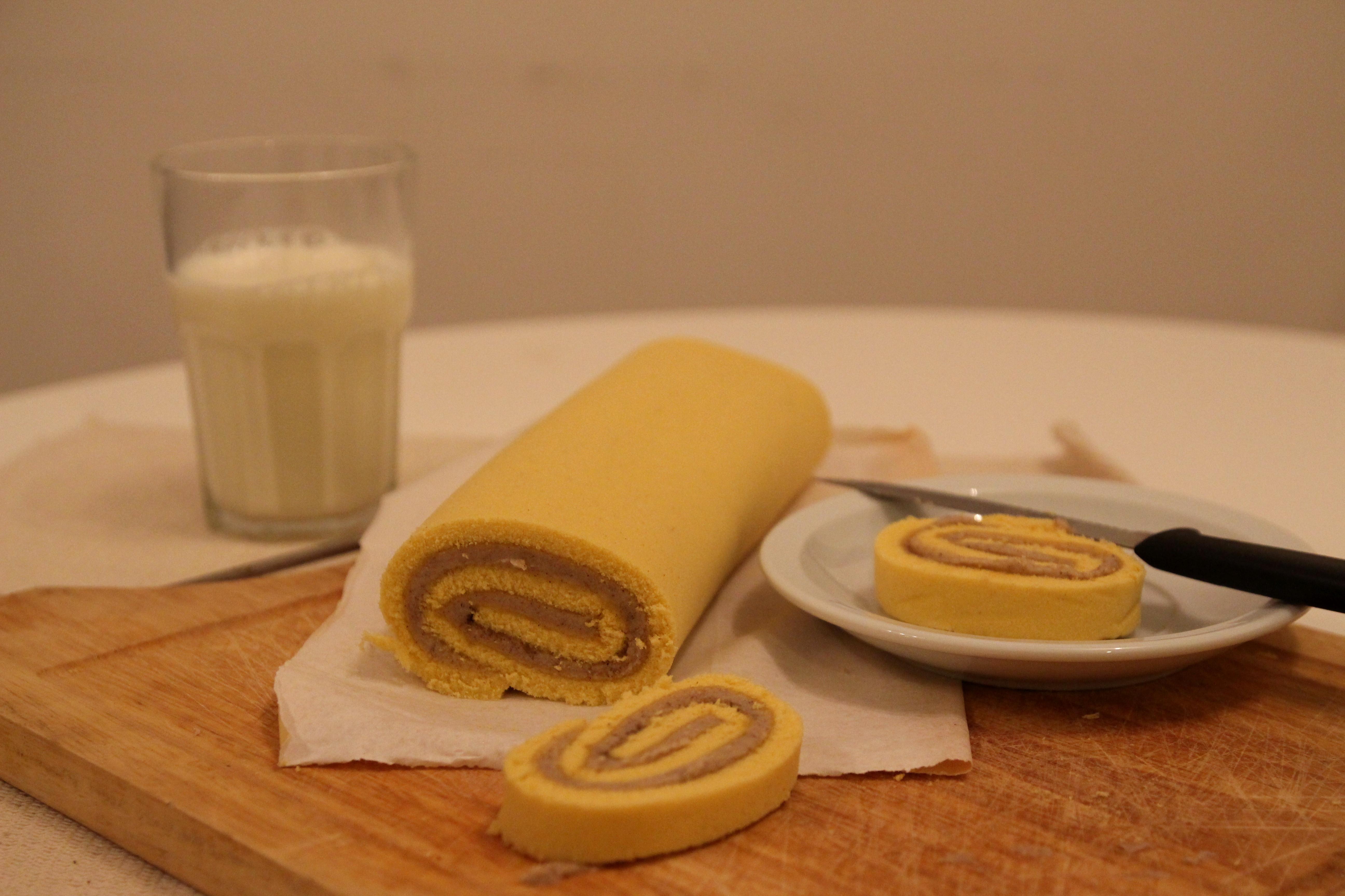 Cinnamon Buttercream Swiss Roll16