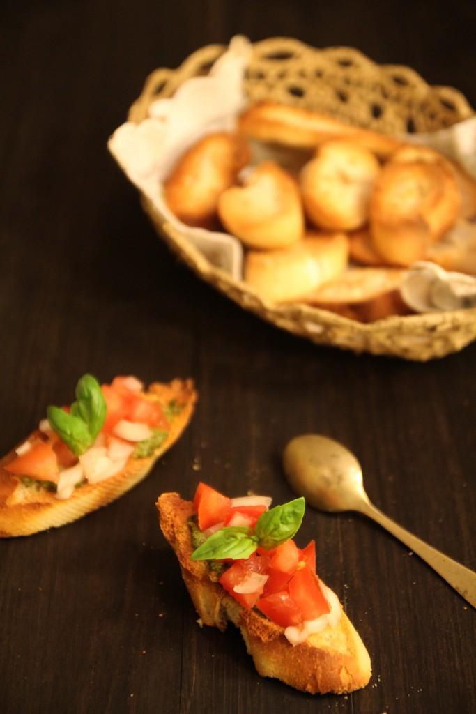 Basil Pesto, Tomato & Onion Bruschetta8