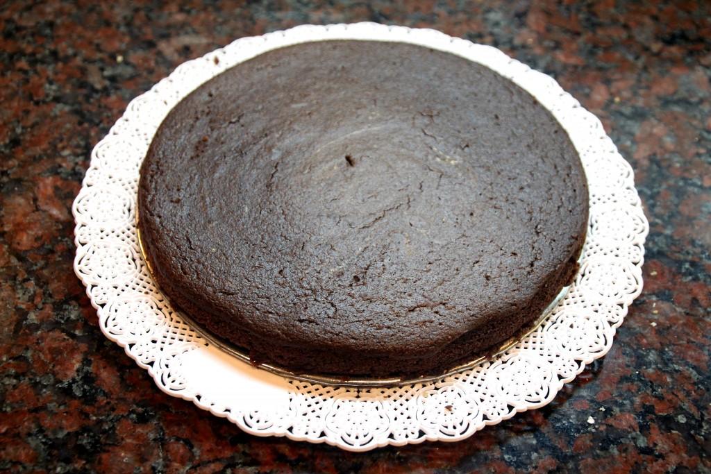 Chocolate Quinoa Cake with Glaze & Walnuts6