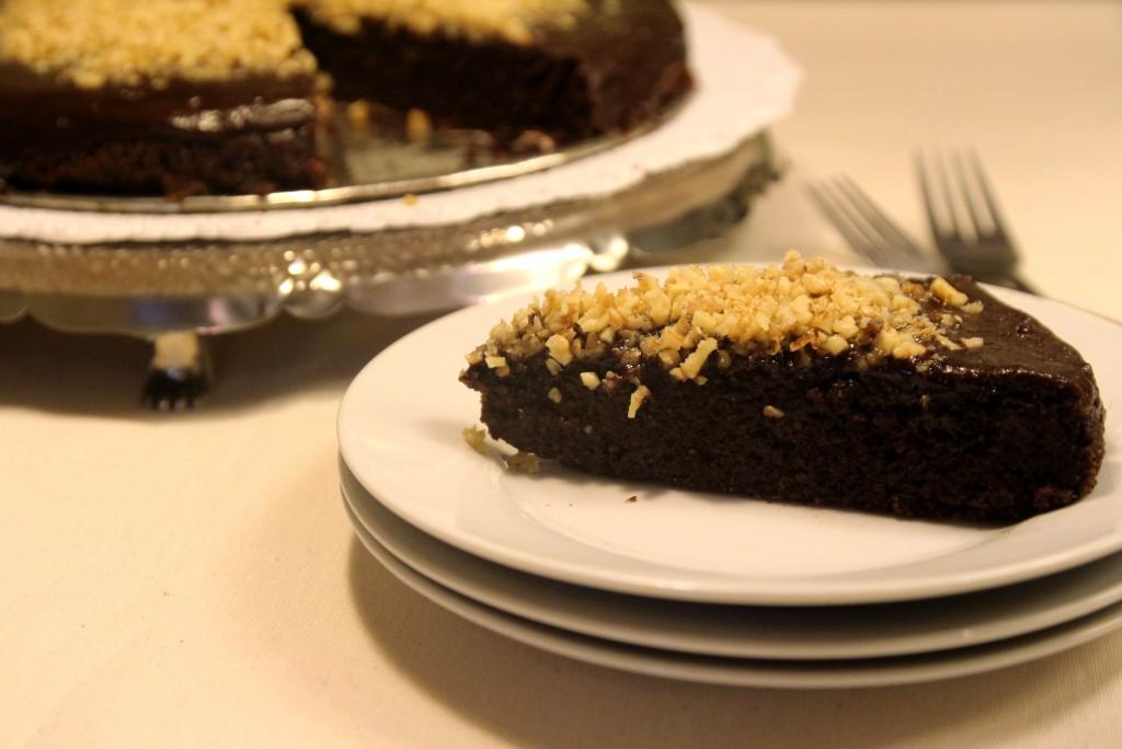 Chocolate Quinoa Cake with Glaze & Walnuts7
