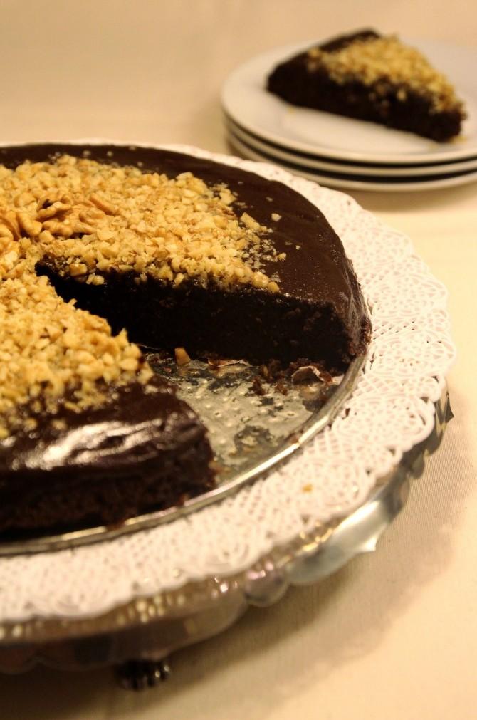 Chocolate Quinoa Cake with Glaze & Walnuts8