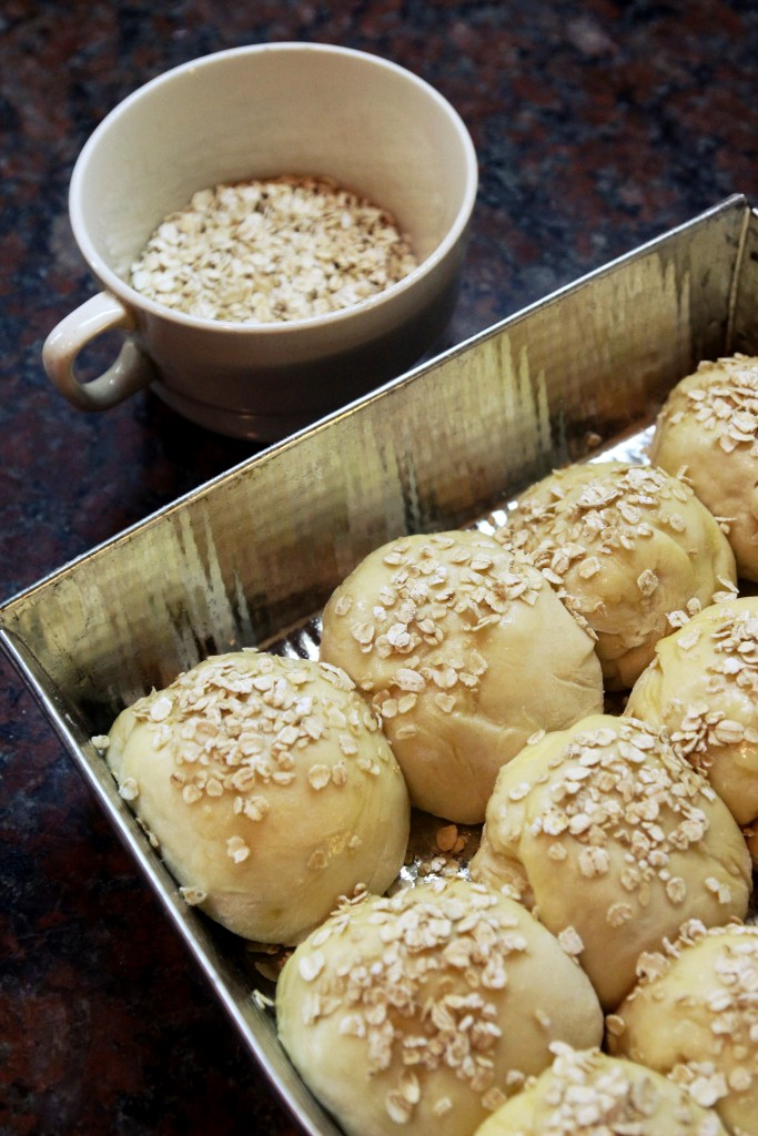Easy Oat Bread Rolls2
