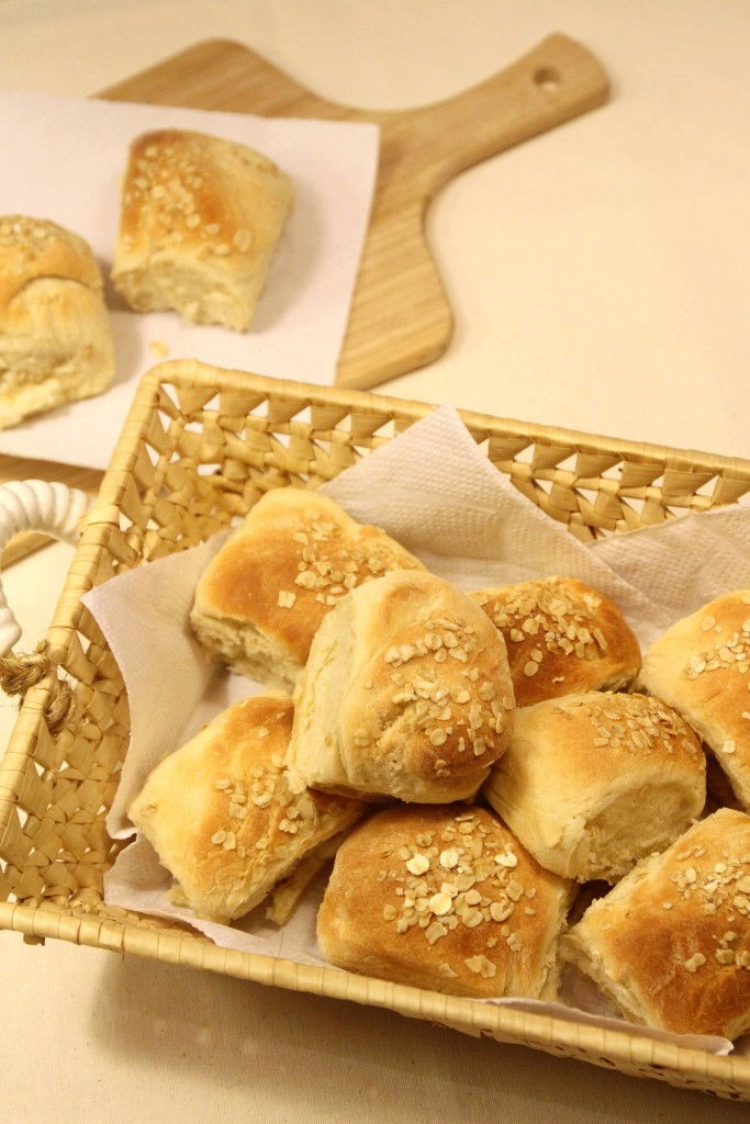 Easy Oat Bread Rolls9