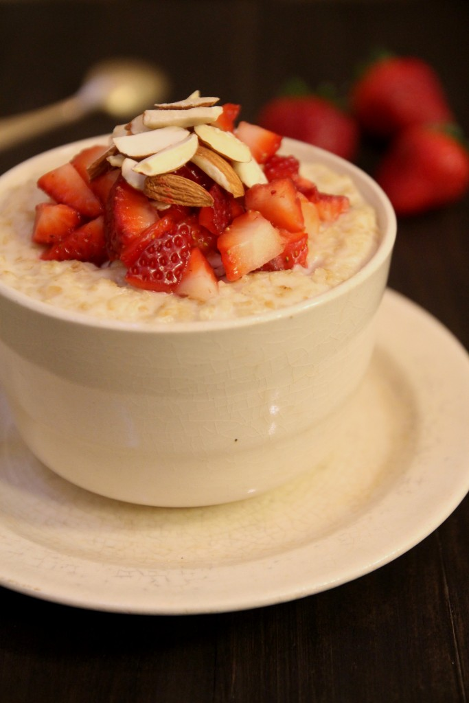 Strawberry Almond Oatmeal3