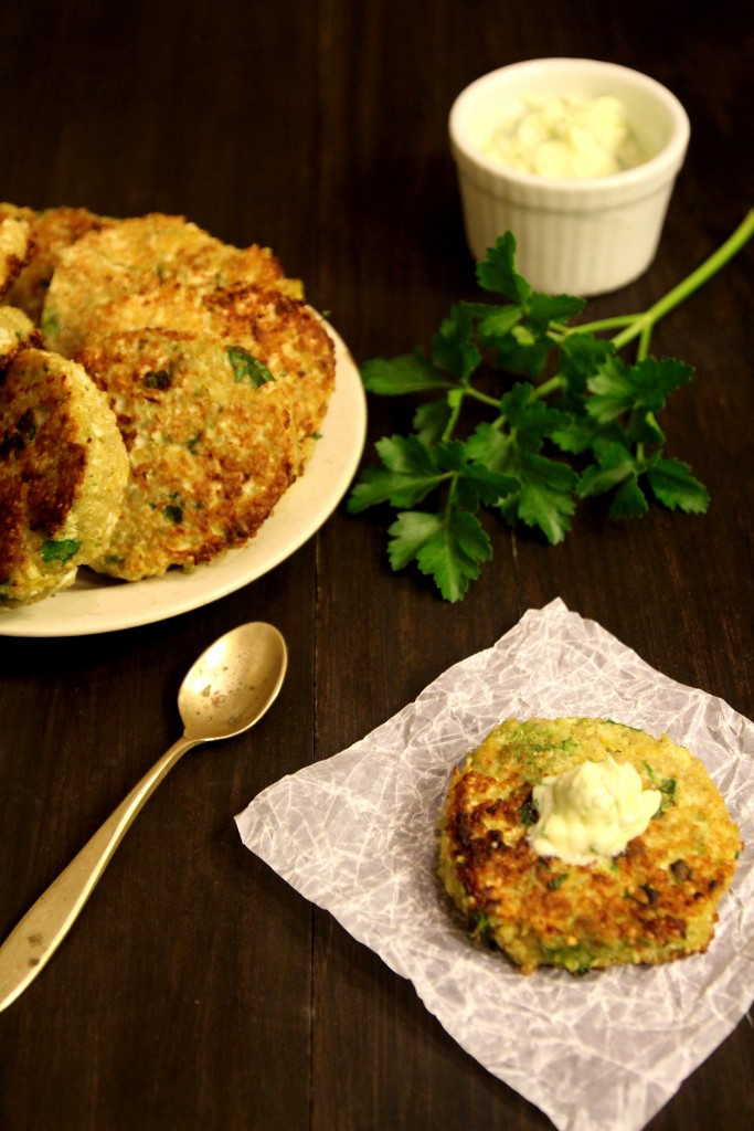 Quinoa Cauliflower Patties with Garlic Cream