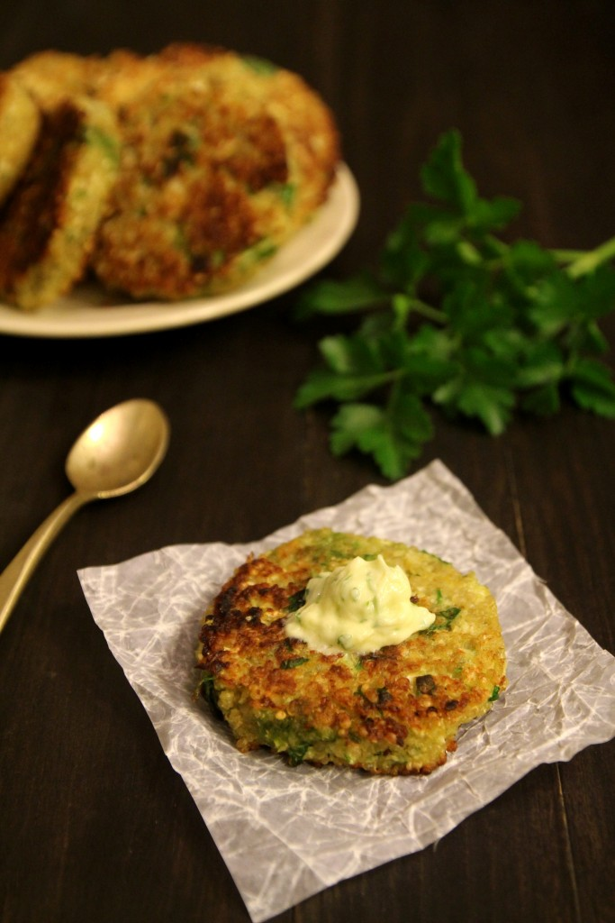 Quinoa Cauliflower Patties with Garlic Cream9