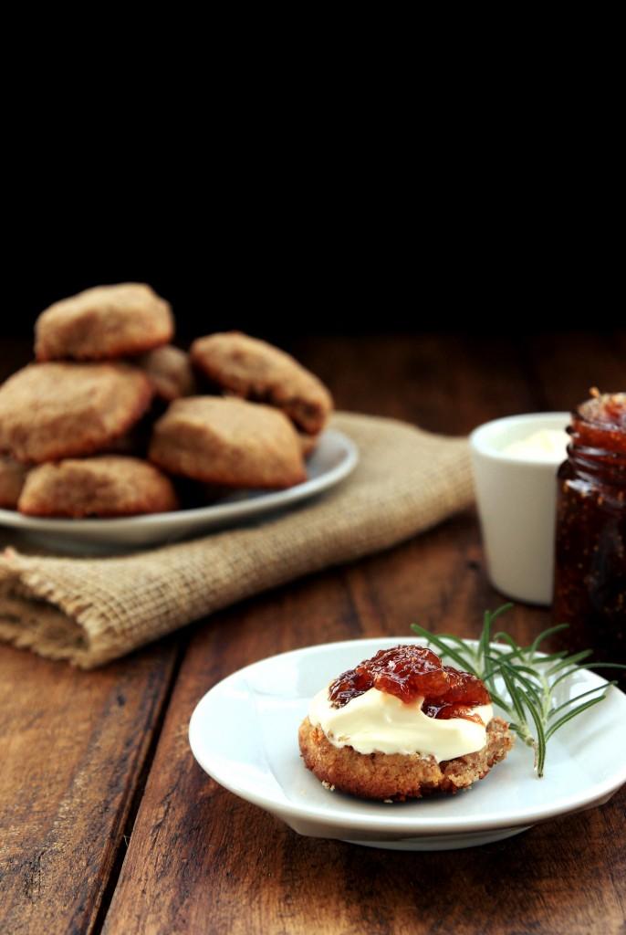 Grain-free Vanilla Almond Scones