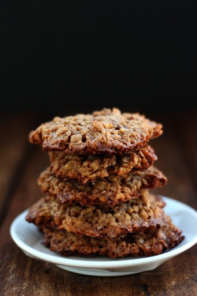 Gluten-free Oatmeal Walnut Cookies