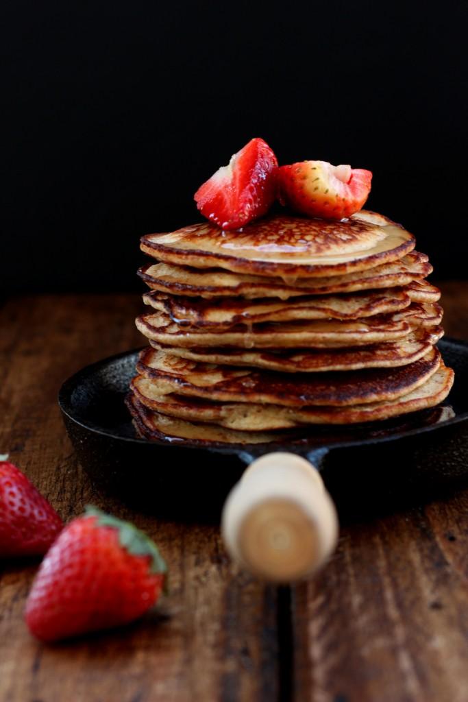 Grain-free Yogurt Almond Pancakes