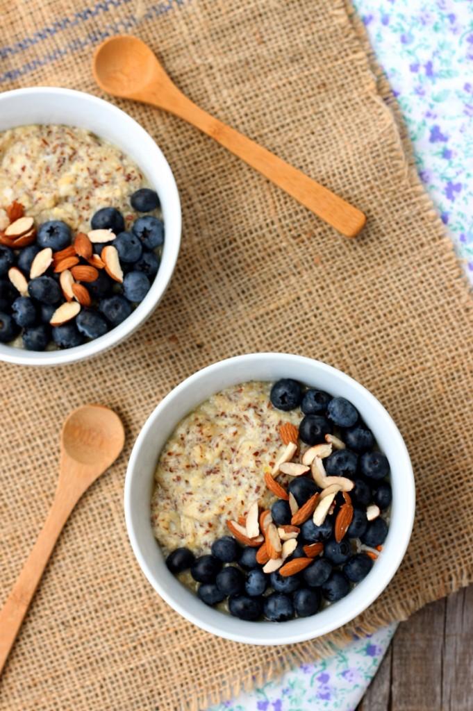 Blueberry & Almond Flaxseed Porridge