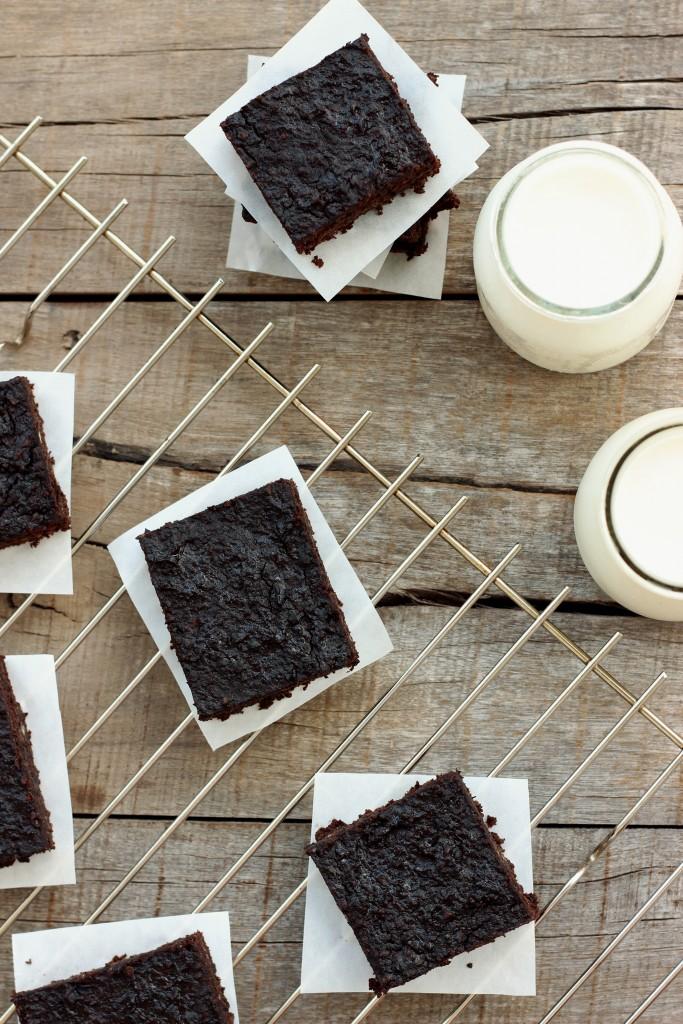Grain-free Black Bean Brownies
