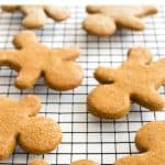 Pinterest image for gingerbread men on wire rack